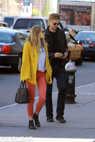 Elizabeth Olsen went on a romantic stroll with Boyd Holbrook in NYC.