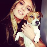 Candice Swanepoel took an adorable photo with her Jack Russell terrier, Luna. Source: Instagram user angelcandices