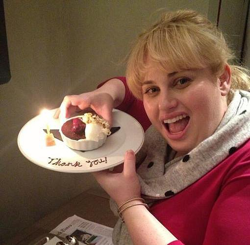 Rebel Wilson celebrated her one million Twitter follower milestone with a snack. Source: Twitter user RebelWilson