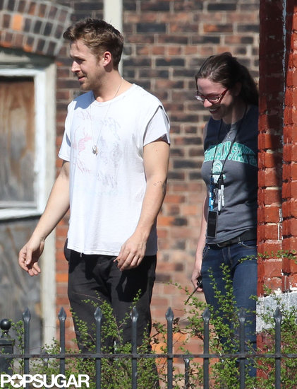 Ryan Gosling wore a white shirt on the Detroit set of How to Catch a Monster.