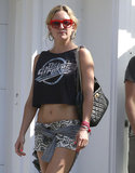 Kate Hudson Shows Off Her Supertoned Stomach
