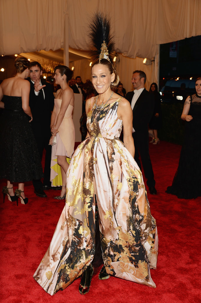 Sarah Jessica Parker delivered the most drama in a printed Giles gown, custom Manolo Blahnik boots and a Philip Treacy headpiece.