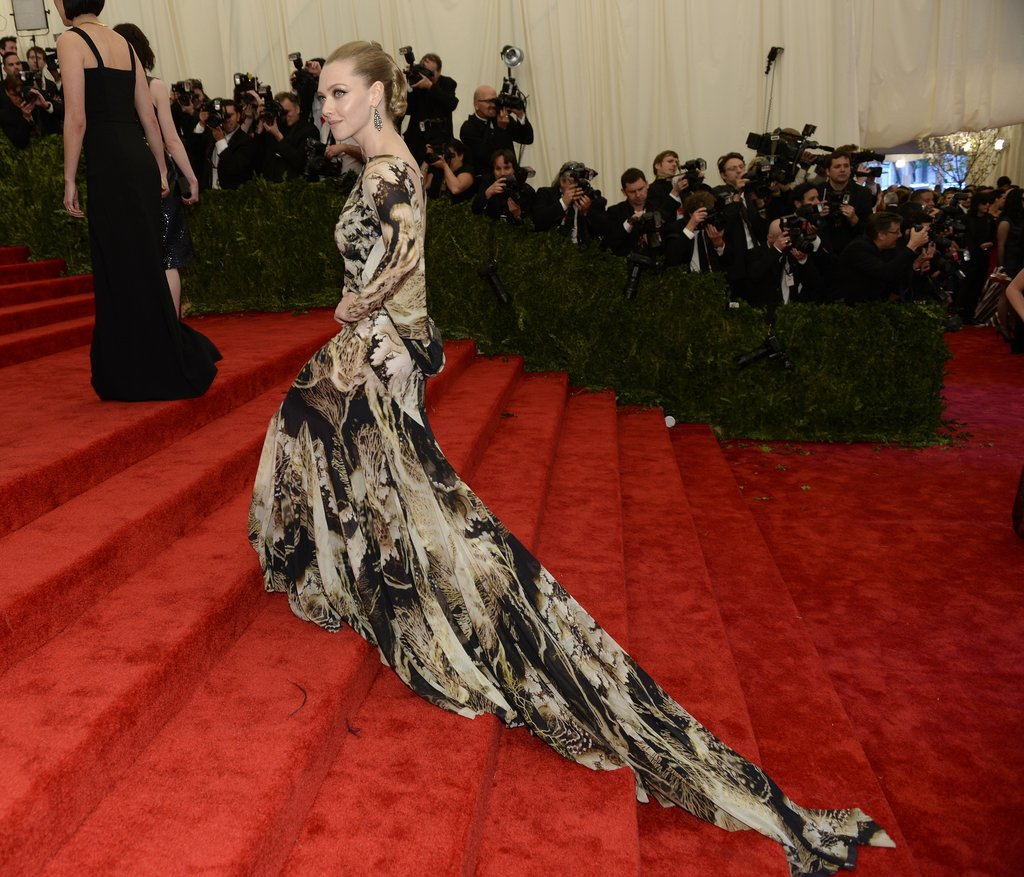 Amanda Seyfried made her way up the steps a