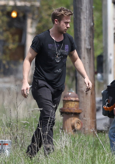 Ryan Gosling Puts His Big Biceps to Work