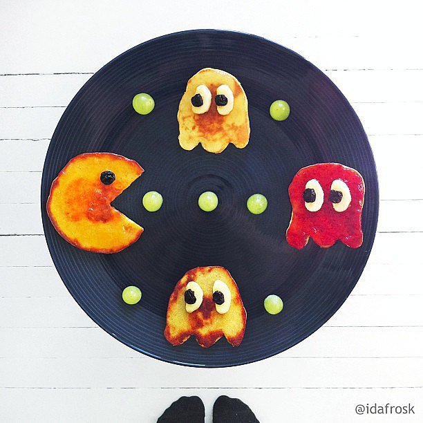 Pancake Pac-Man with dried blueberry eyes is such a fun way to start the day.  Source: Instagram user idafrosk