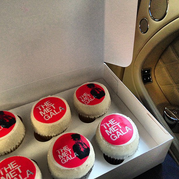 Brian Atwood enjoyed a sweet snack while en route to the red carpet. Source: Instagram user brian_atwood
