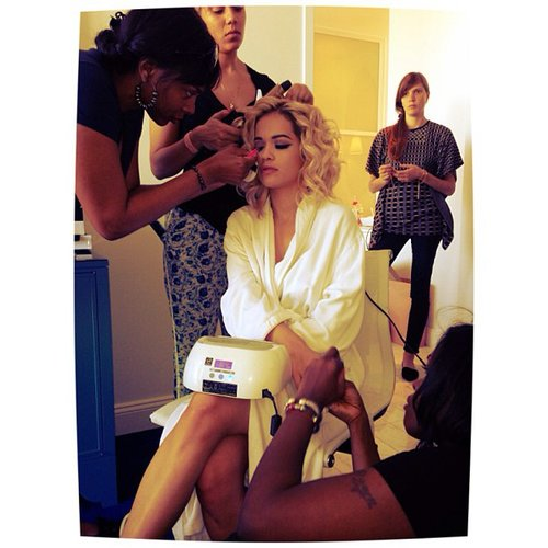 Rita Ora had all hands on deck while getting ready for the red carpet. Source: Instagram user ritaora