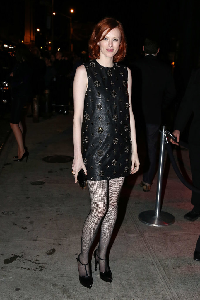 Model Karen Elson changed into a simple black frock.