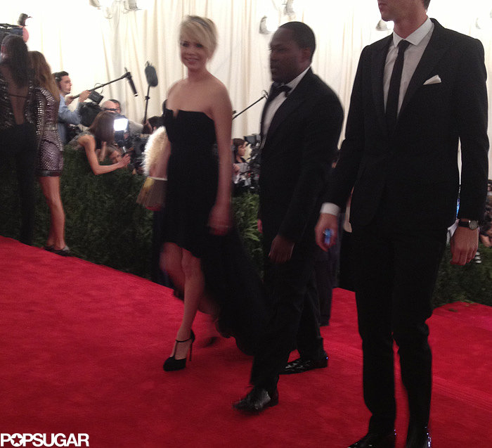 Michelle Williams said a heartfelt thank you to the gentleman who walked her down the carpet.