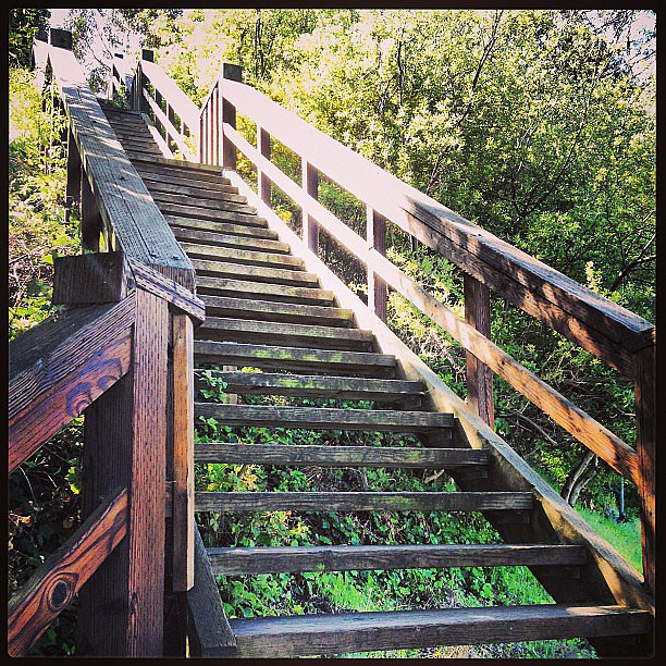 Nothing beats a stair workout — especially when it's outdoors! Shake up any boredom you might have with our tips for maximizing your time on the stairs! Source: Instagram user inspiredsoulblog