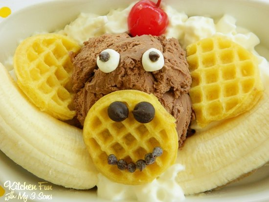 Eggo Monkey Banana Split