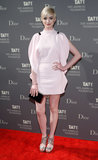 Anne Hathaway wore a pink dress.