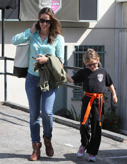 Violet Affleck gripped onto mom Jennifer Garner.