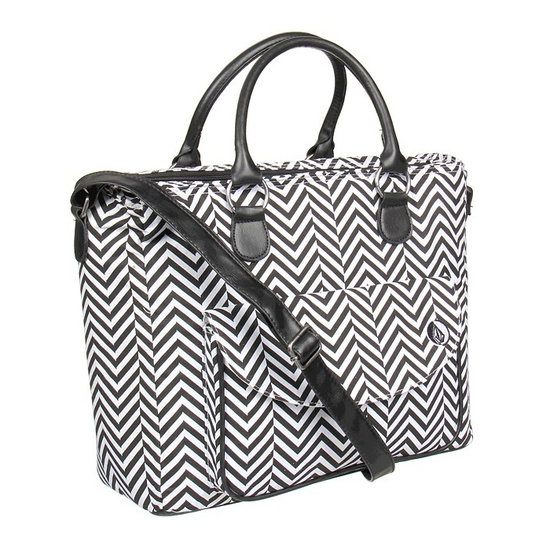 You can't even tell this wild, black-and-white Volcom Block Box bag ($52) is home to a huge cooler! The front pocket is the perfect space to store all your utensils and other essentials like phone, keys, and money.