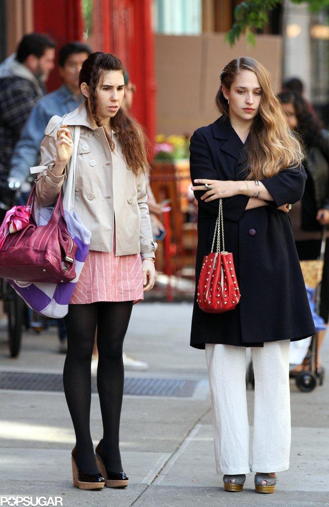 Girls costars Zosia Mamet and Jemima Kirke shot new scenes in NYC on Tuesday.
