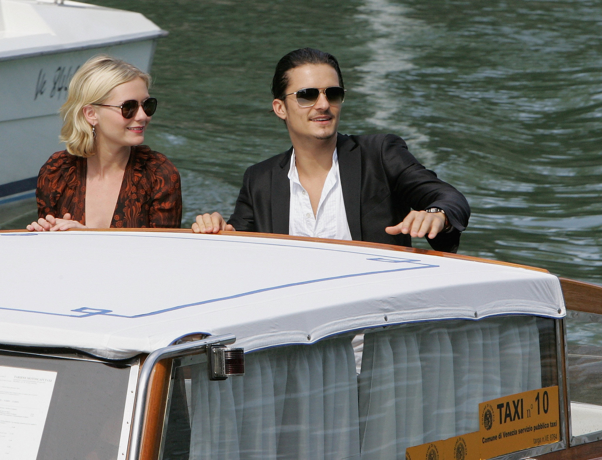 Orlando Bloom and Kirsten Dunst were together in September 2005 at the Venice Film Festival to promote Elizabethtown.