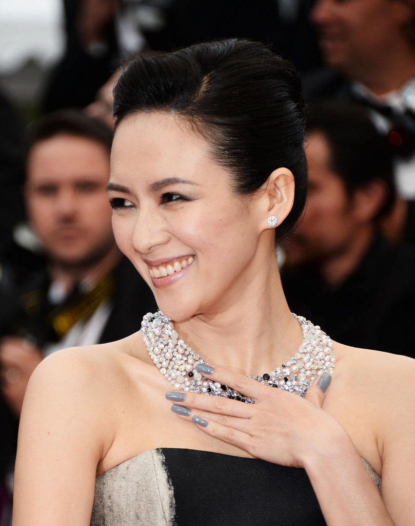 For the premiere of The Bling Ring, Ziyi wore gray polish to accent her black-and-silver ensemble.