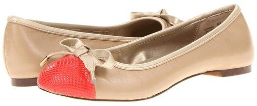 Bandolino - Genie (Natural/Coral Cap Toe) - Footwear