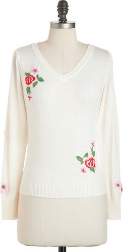 Tulle Clothing A Moment's Roses Sweater