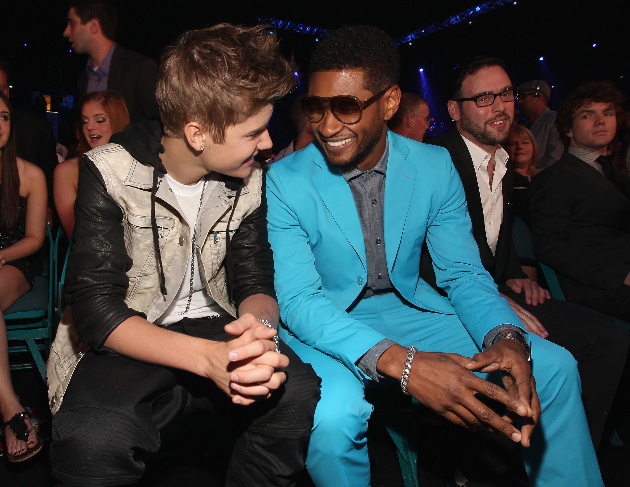 Justin Bieber and Usher had a bonding moment at the Billboard Music Awards in May 2012.