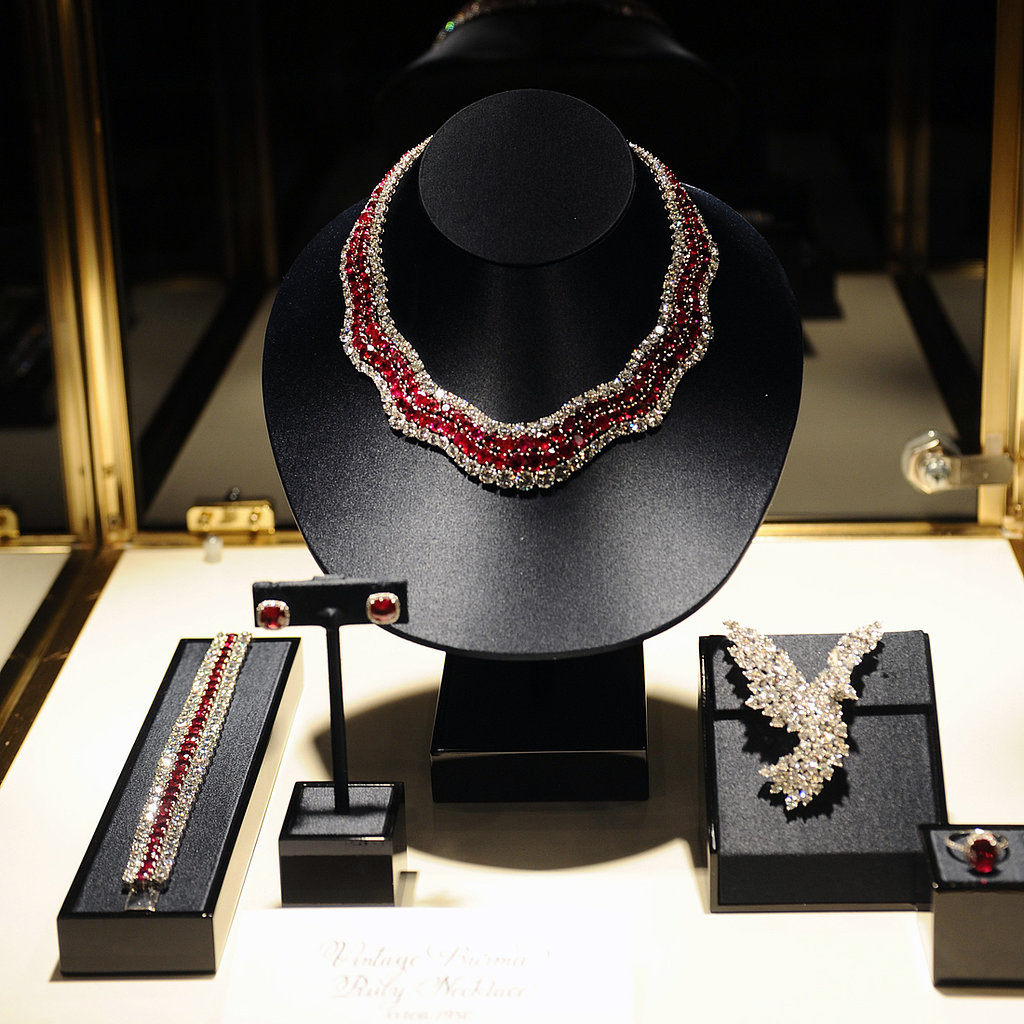 The Cross-Dressers Who Robbed Harry Winston