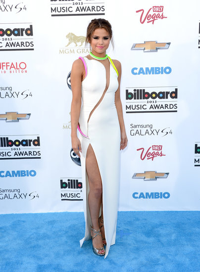 Selena Gomez Goes Sexy With a Slit on the Blue Carpet