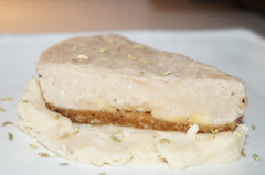 Raw Coconut, Banana and Fennel Pie!