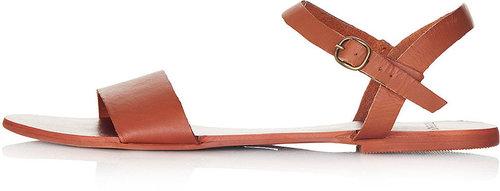 HOUPLA Leather Strap Sandal