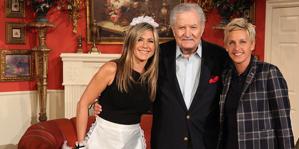Jennifer Aniston and Her Dad Join In a Hilarious Skit With Ellen and Portia!