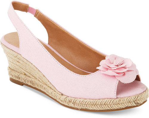 Karen Scott Shoes, Daisy Wedge Sandals