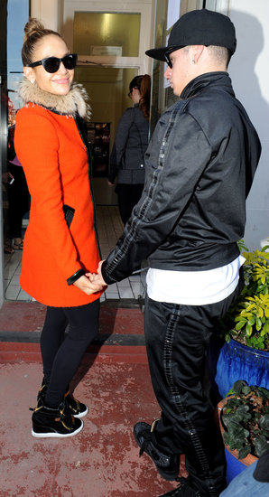 Jennifer Lopez and Casper Smart arrived at a dance studio in London.