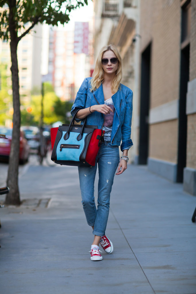 The colorblocked Céline tote stole the show in this look — and we love that she stayed color-coordinated right down to her kicks. Source: Le 21ème | Adam Katz Sinding