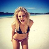Samara Weaving continued to make us jealous with snaps from the beach on Hamilton Island. Source: Instagram user samaraweaving