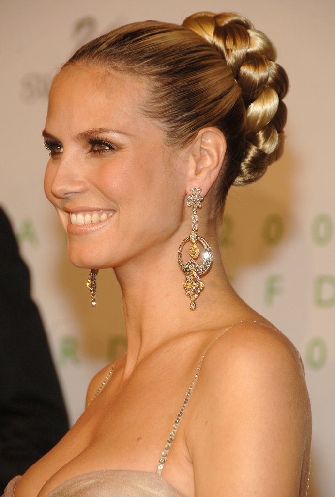 At the 2006 CFDA Fashion Awards, Heidi wore an oversize braid wrapped into a sleek bun.
