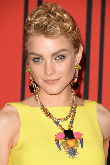 A waved pompadour and dark eyeliner were all Jessica Stam needed to take her CFDA Fashion Awards look to a whole other level of cool.