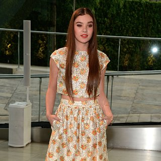 Hailee Steinfeld Dress at CFDA Awards 2013