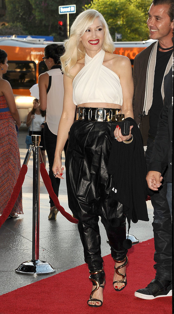 Gwen Stefani looked flawless in her ensemble.