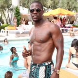 Kevin Hart went shirtless on the set of Think Like a Man 2. Source: Instagram user kevinhart4real