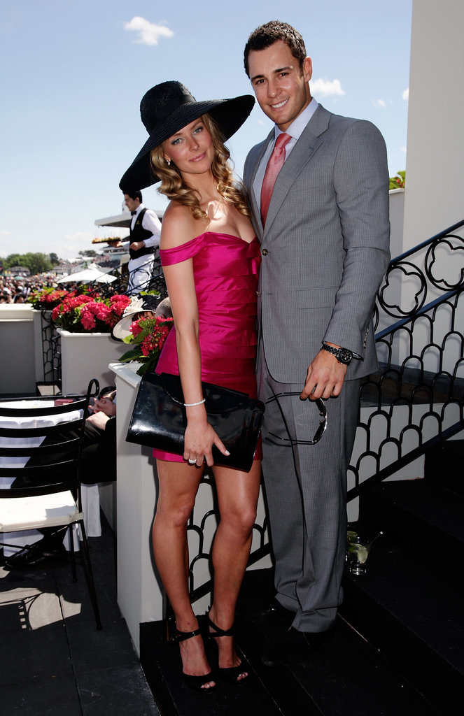 Jennifer wore a bright frock to the 2007 Melbourne Cup with Jake.