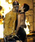 Halle Berry got sexy with Jamie Foxx at the Guys Choice Awards in 2009.