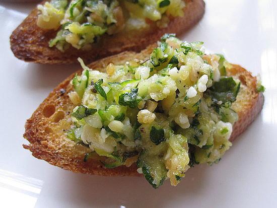 Zucchini Pesto Crostini