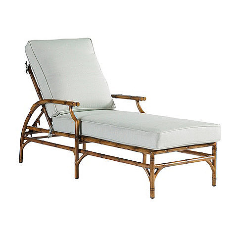 Give your yard a glamorous vibe with this tropical chaise ($849).