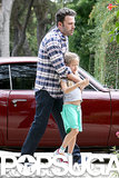 Ben Affleck held on tight to Violet after getting out of their car.