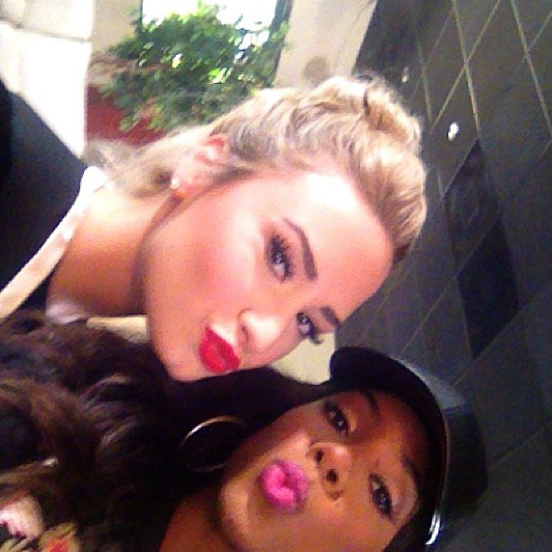 Demi Lovato and Kelly Rowland sent kisses while goofing off on the set of The X Factor. Source: Instagram user kellyrowland