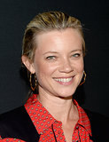 Amy Smart went for the natural makeup look, focusing on flawless, glowing skin.