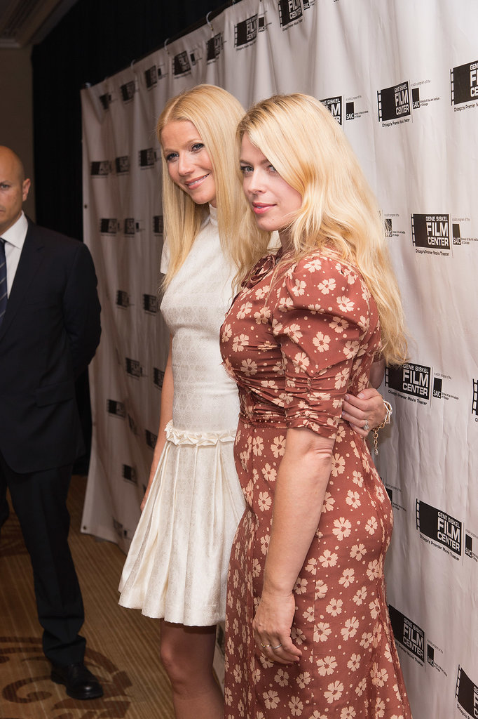 Gwyneth Paltrow posed with Amanda de Cadenet.