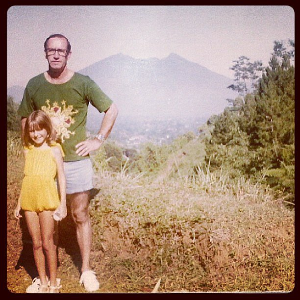 The Office star Angela Kinsey celebrated her father by posting this vintage photo from the '70s. Source: Instagram user angelakinsey