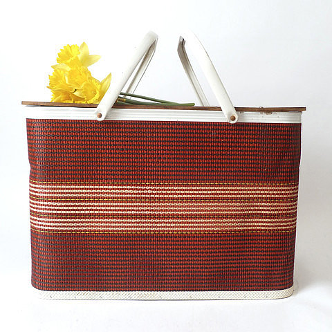 cushionchicago Large Woven Red Picnic Basket