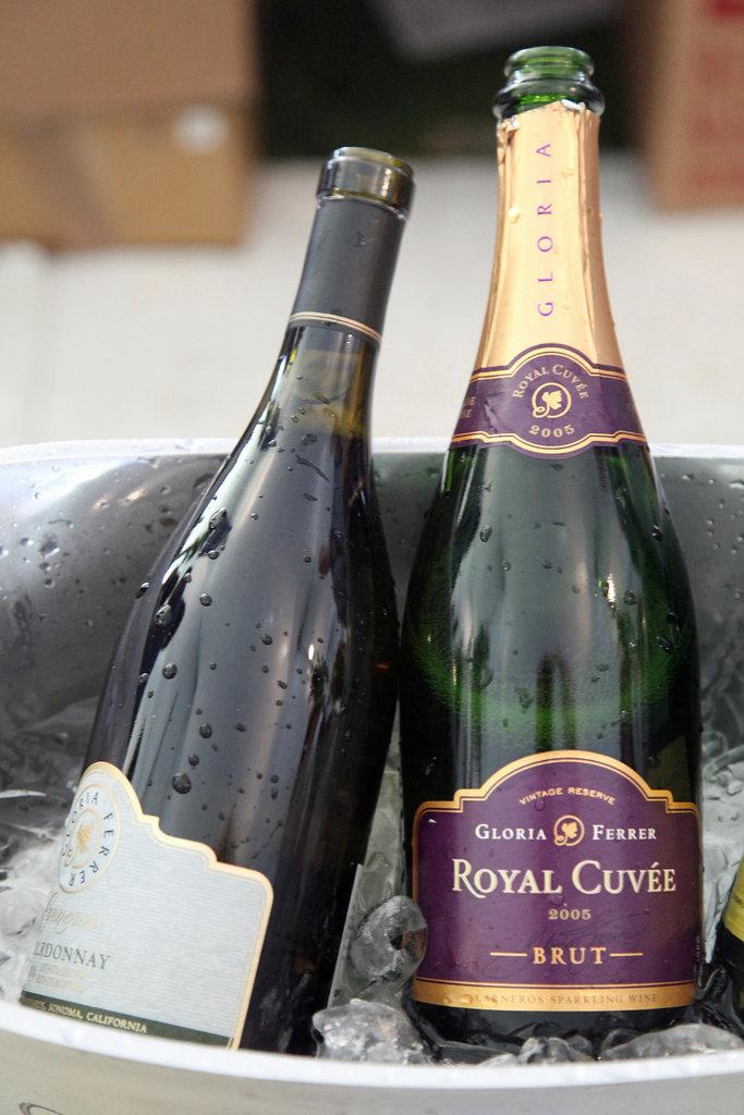 2005 Gloria Ferrer Royal Cuvée Brut Sparkling Wine