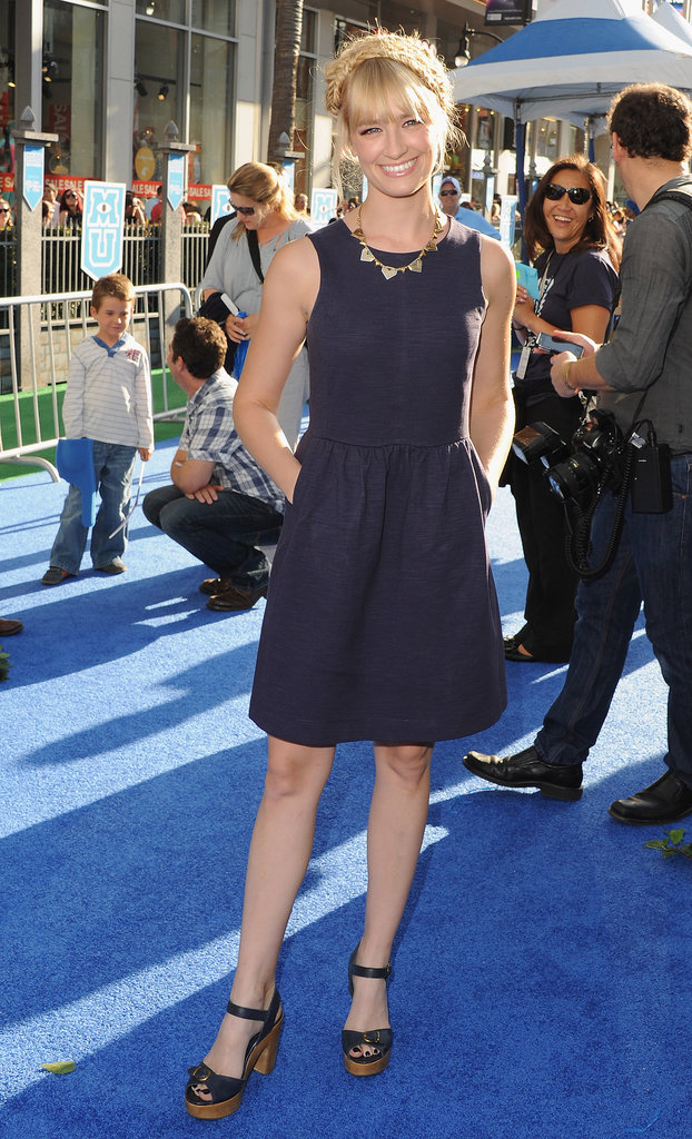 Beth Behrs wore a blue frock.